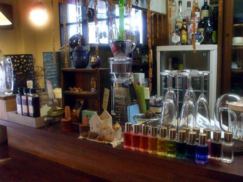 CafeTsuMuGi店内写真2です。
