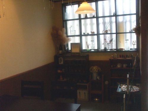 CafeTsuMuGi店内写真です。